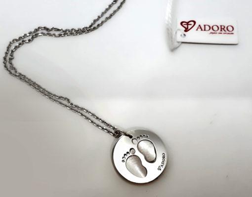 collar-de-plata-T-Adoro-huellas-pies